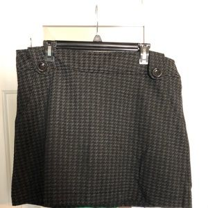 Black and gray torrid a-line skirt size 14.